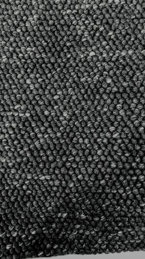 Bollmatta Nature svart 50 x 80, 70 x 140, 80 x 200, 140 x 200,160 x 230, 200 x 300, 150 rund, 200 rund