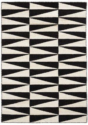 Flag svart 140 x 200 och 170 x  230