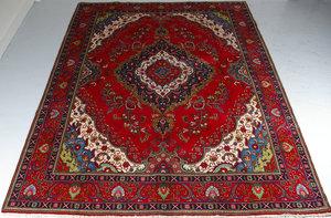 Tabriz 298 x 386 cm